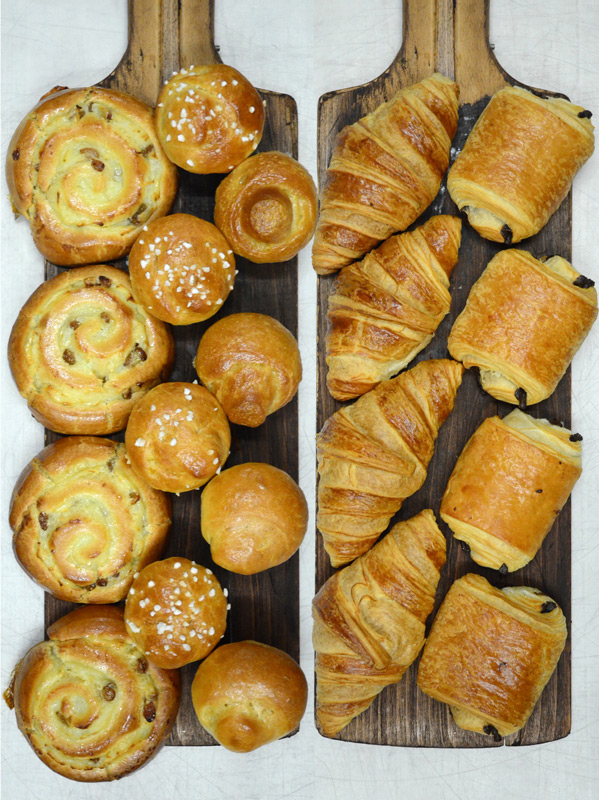 Croissants, Pain au Chocolat, Brioches, Pain au Raisin
